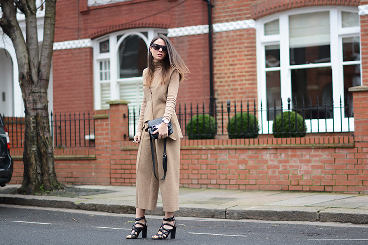 london-camel-neutral-crop-pants-sandals London Girl