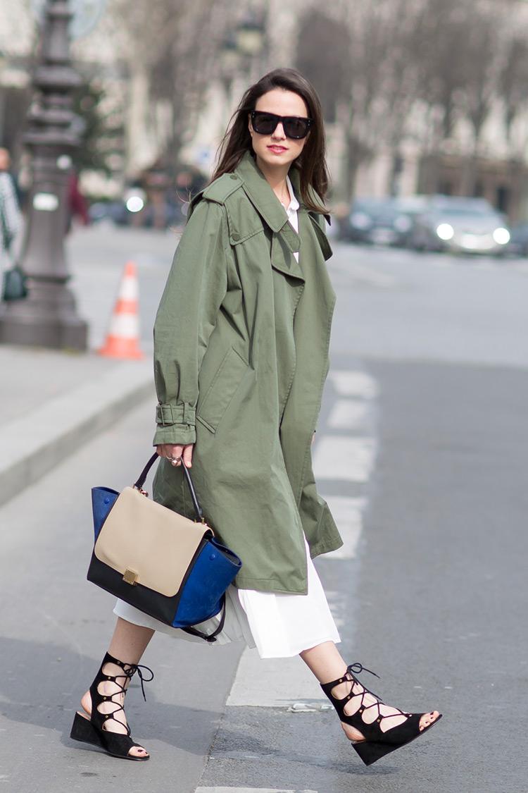 Paris-fashion-week-khaki-trench-zina-charkoplia-fashionvibe-celine-bag In Paris