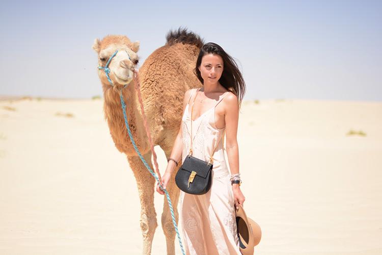 sahara-desert-tunisia-paul-and-joe-dress-chloe-bag-camel Sahara