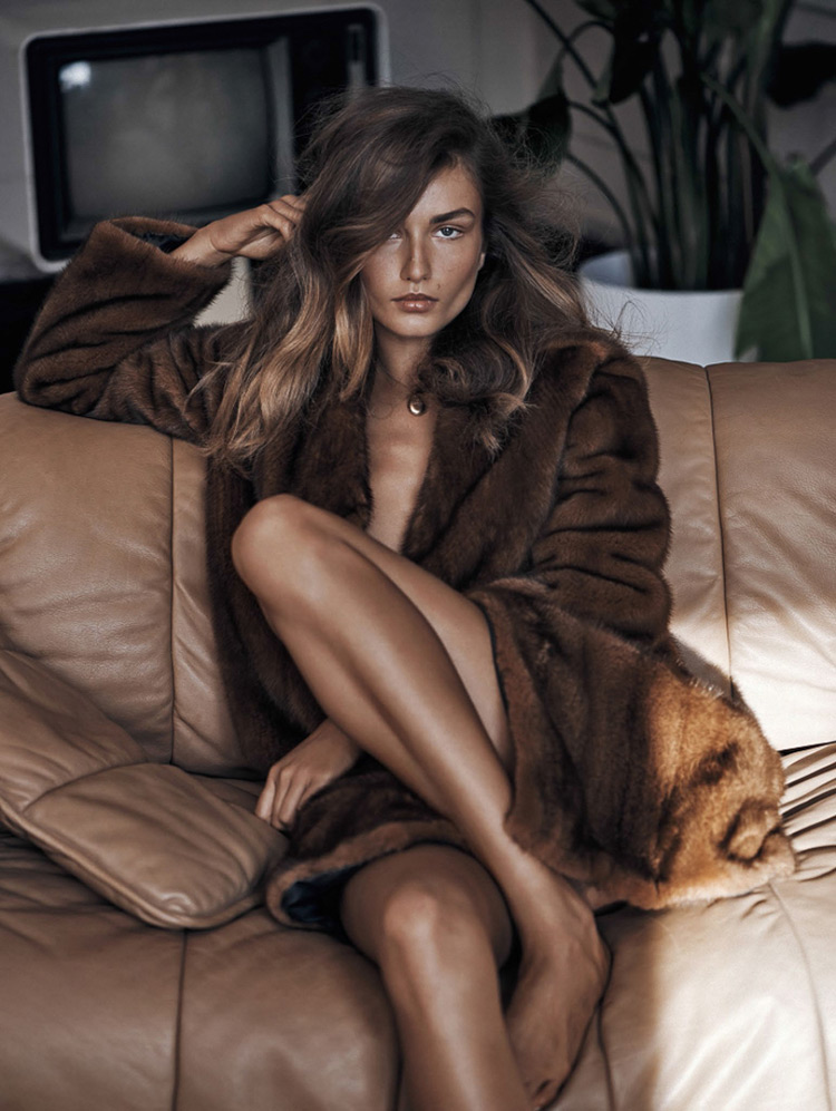 editorial-Andreea-Diaconu-by-Lachlan-Bailey-9 Vogue China