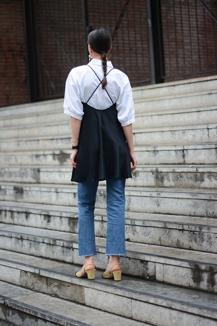 white-shirt-jeans-chanel-shoes-fashionvibe Wear Your Satin Dress With Jeans