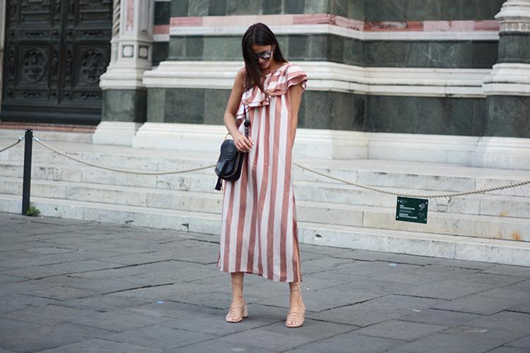 piazza-duomo-florence-fashionvibe-chloe-pinko-dress Piazza del Duomo