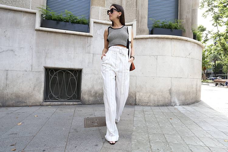 summer-chic-balenciaga-pants-stripes-fashionvibe The Summer Chic Look