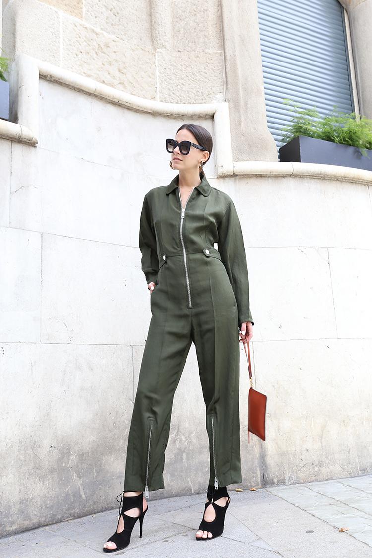 celine-jumpsuit-fashionvibe-khaki-zina-charkoplia The Celine Jumpsuit!