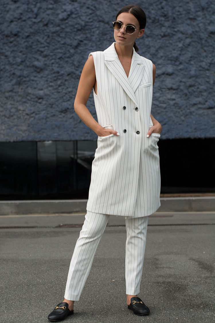 alba-conde-suit-fashionvibe Alba Conde White Suit!