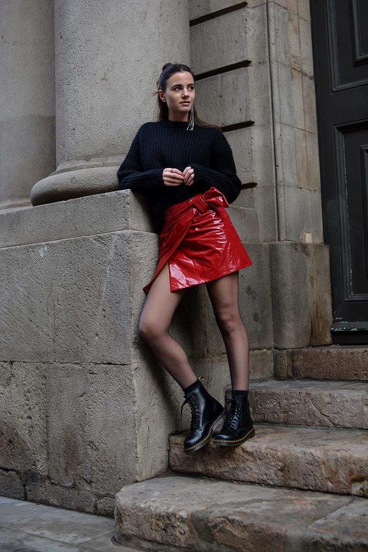 isabel-marant-skirt-fashionvibe-acne-sweater-zina-charkoplia-patent What´s With The Red Patent Skirt?