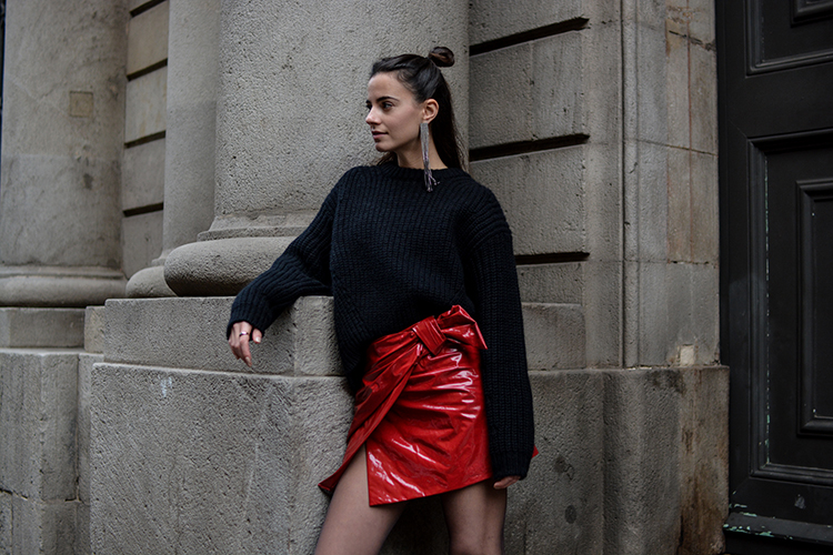 red-patent-skirt-isabel-marant-fashionvibe-zina-charkoplia What´s With The Red Patent Skirt?
