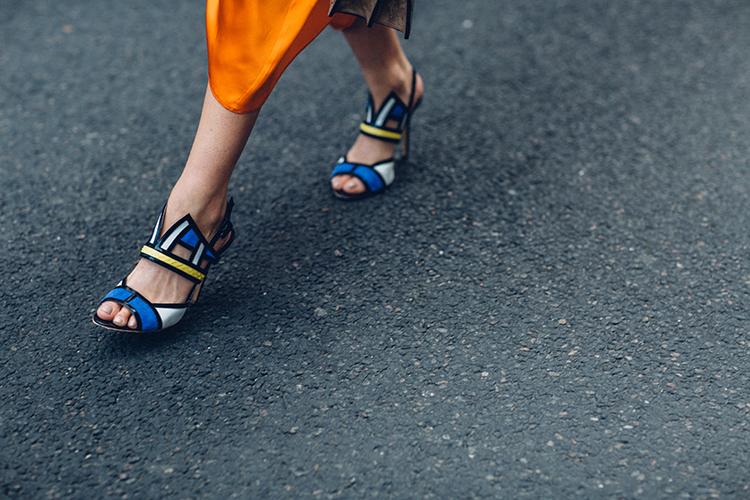 orange-neon-fashionvibe-aperlai-shoes Orange Neon Is Back