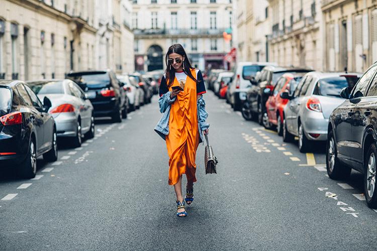 orange-neon-fashionvibe-paris Orange Neon Is Back