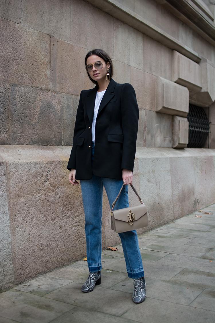 blazer-balenciaga-fashionvibe-zina-charkoplia It´s All About The Balenciaga Blazer