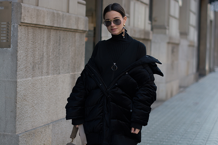 series-noir The Oversize Puffer Jacket Situation
