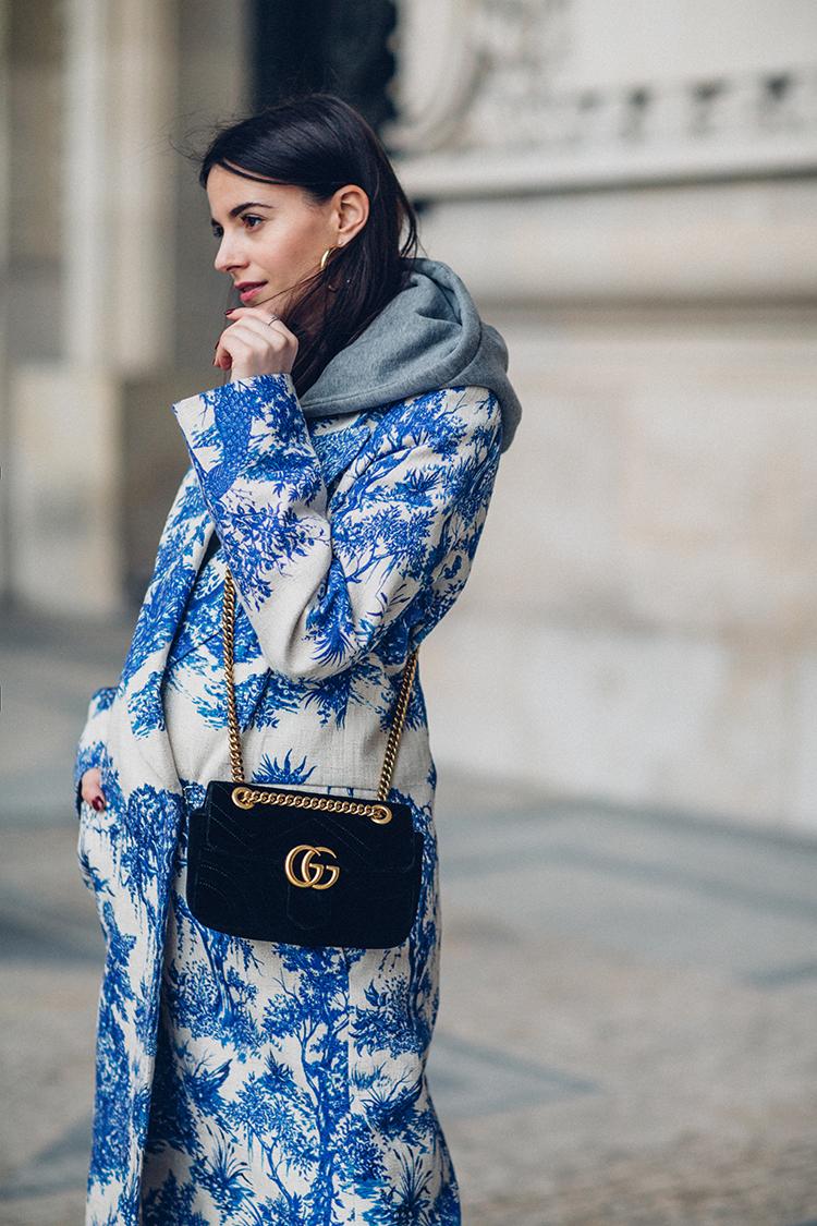 Victoria-Beckham-coat-fashionvibe-paris-fashion-week-gucci-bag Hoodies & Victoria Beckham Coats