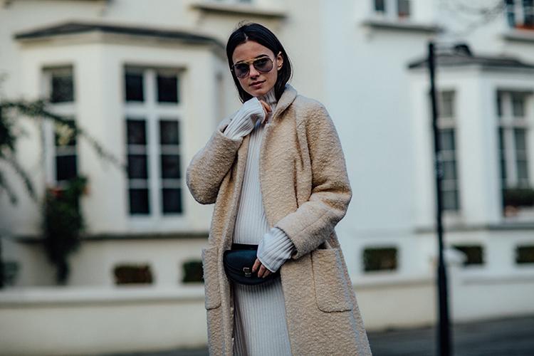 "rib-dress-white-london-fashionvibe-prengant Find the perfect ""everyday rib dress"""