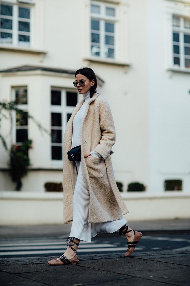 "rib-dress-white-london-fashionvibe Find the perfect ""everyday rib dress"""