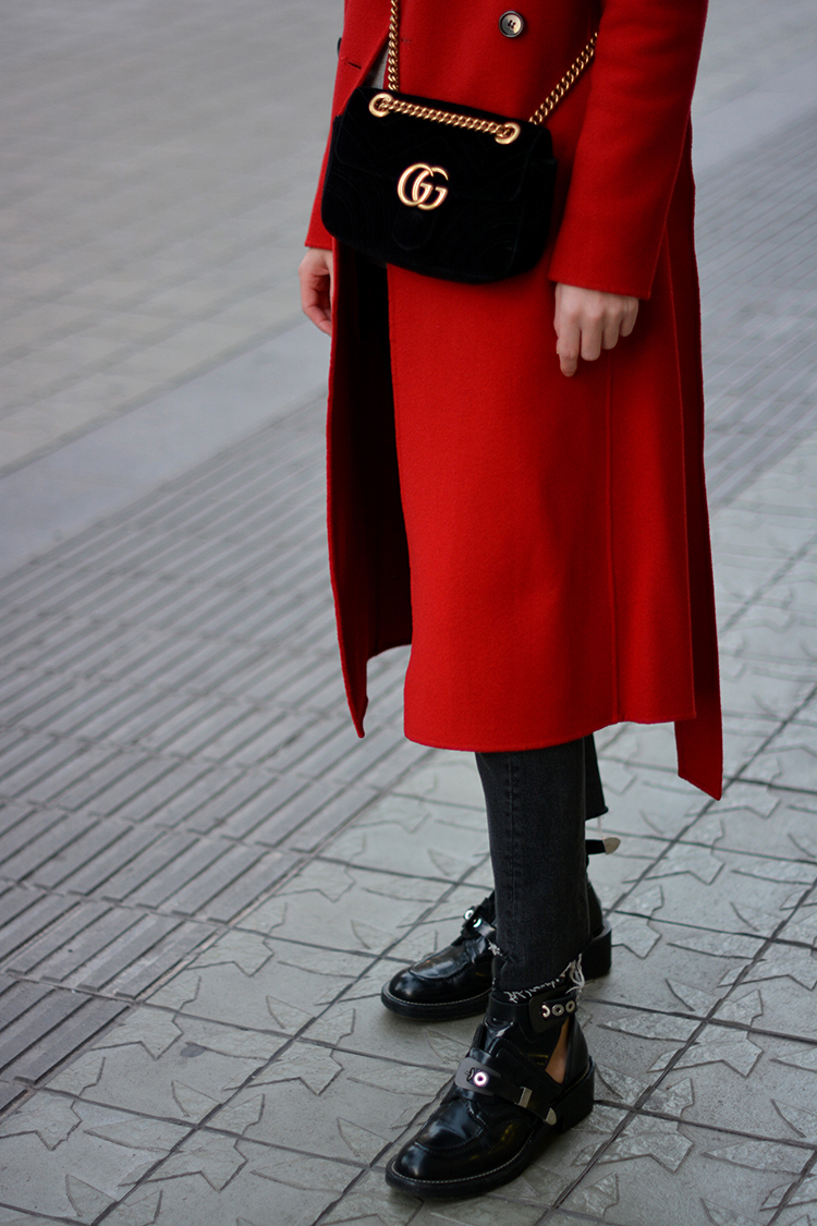 red-autumn-gucci-velvet-bag-fashionvibe Autumn Red in Tara Jarmon!